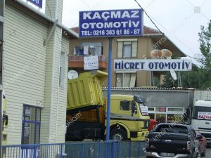 kacmaz-otomotiv-totem-tabela